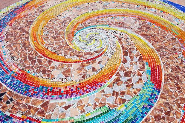 12885821-colorful-ceramic-pattern-broken-tile-wall-Stock-Photo-mosaic