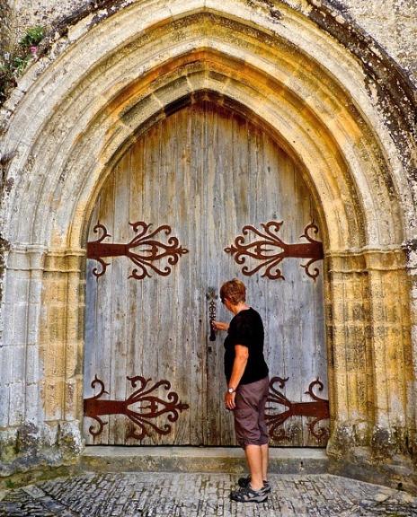 home-improvement-DIY-tips-door hinges-
