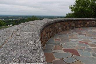 sandstone-pathway-patio-